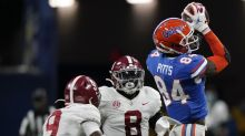 Falcons stay at No. 4, draft Florida TE Kyle Pitts in PFF's new mock