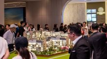 Over 2,000 Turn Up At The Gazania and The Lilium Preview
