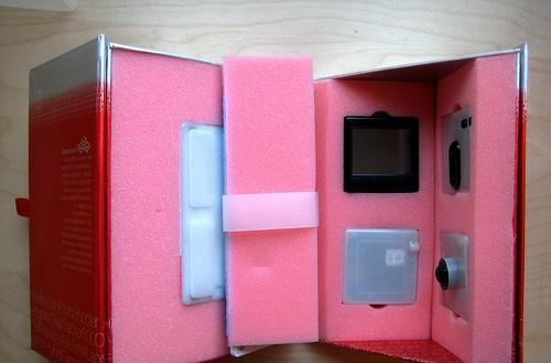 Bug Labs' Hiro P edition BUGbase kit gets unboxed