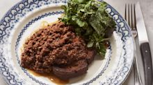 Brits Are Livid After A Food Critic Described Mince On Toast As A 'British Comfort Classic'