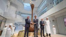 Lindt & Sprüngli inauguram fonte de chocolate de nove metros de altura