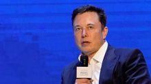 Tesla's Musk, Greenlight's Einhorn taunt each other on Twitter