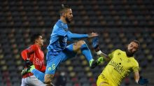 Fifth straight win lifts Marseille to within a point of PSG