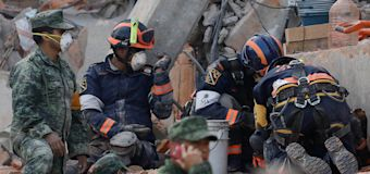 Rescuers race to find Mexico quake survivors