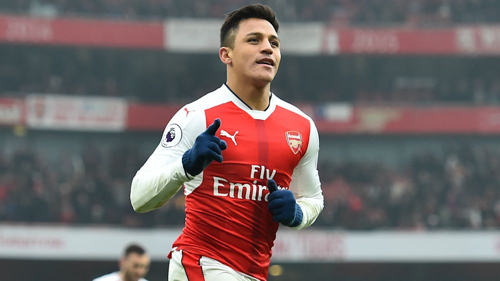 Arsenal should do everything to keep Sanchez, says Campbell