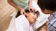 Evita los hisopos en los oídos de tus hijos