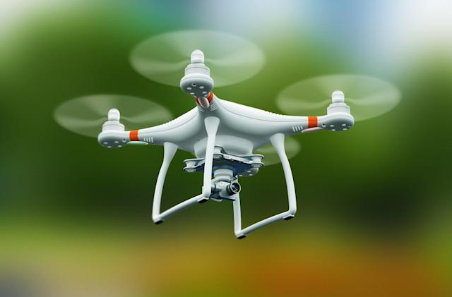 Senators urge FAA to complete remote drone identification rules
