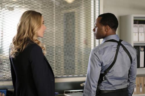 Jessica Harmon as Dale Bozzio and Malcolm Goodwin as Clive in the CW's iZombie. (Photo Credit: Robert Falconer/The CW)