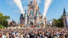 Disneyland verbietet große Kinderwagen, Rauchen und Eiswürfel