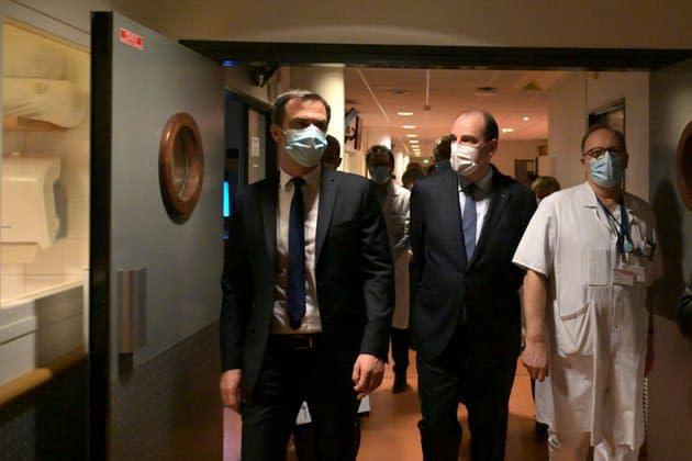 """Covid-19: Véran évoque une """"une décroissance"""" de l'épidémie mais appelle à """"continuer les efforts"""""""