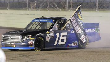 Moffitt earns Truck Series title with sixth win