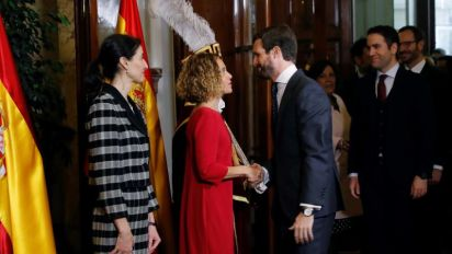"""Casado no ve a Sánchez yendo a """"rondar a su balcón"""" si fracasan las negociaciones"""