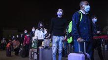 武漢解封 出城火車、高速公路熙熙攘攘