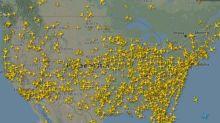FOTOS | El tráfico aéreo en tiempos del coronavirus: el contraste clarividente entre EE.UU. y el resto de países con más contagios
