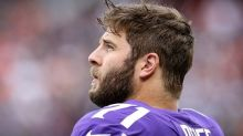 Riley Reiff tells teammates he expects to be cut
