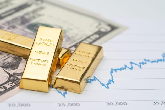 Weekly Commodity Rundown: Gold Rockets, Crude Soars, Natural Gas Dives