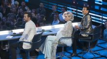 A 'disaster'? 'American Idol' finale gets off to rough start