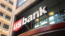 U.S. Bank tells workers job cuts are coming