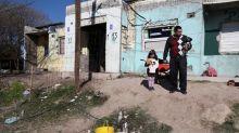 Pandemia acelera crecimiento de la pobreza, que golpea a casi la mitad de los argentinos