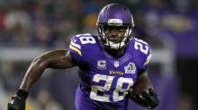 Adrian Peterson, under contract for now with Vikings, sends curious tweet about Giants
