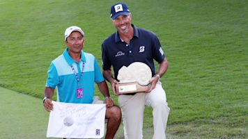 Infamous caddie is back, but not with Kuchar