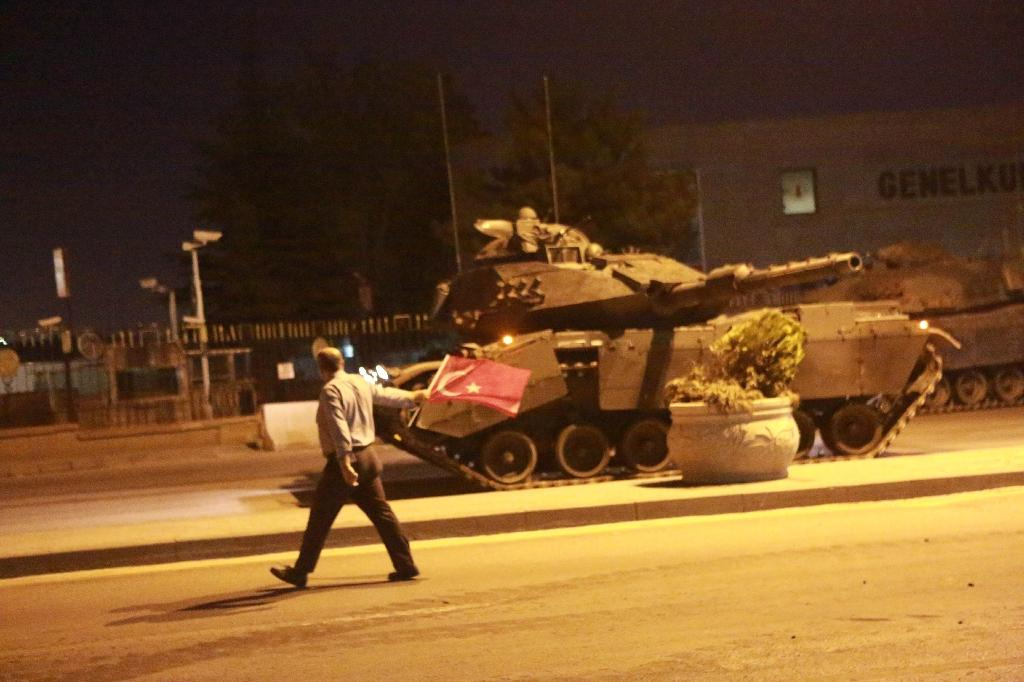Turkish soldiers and tanks took to the streets and multiple explosions rang out throughout the night in Ankara and Istanbul on July 15, 2016