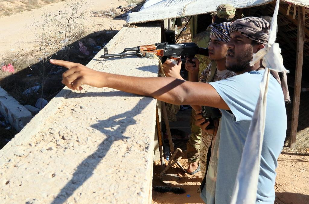 Citing unnamed officers allied with the Libyan government and Western security officials, the Washinton Post reported that American and British personnel had been seen in Sirte several times