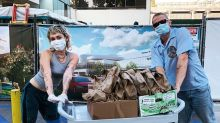 Miley Cyrus and Cody Simpson gave out tacos to healthcare workers with handwritten messages on each