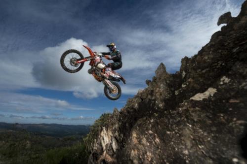 Brasileiro reforça preparação visando ao mundial de 'moto ao extremo'