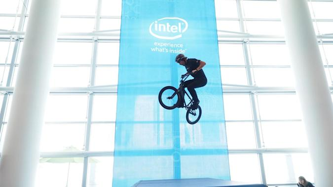 Intel CEO wants its technology in every device (even golf clubs)