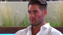 Love Island's Jonny slammed by domestic abuse charity for behaviour towards Tyla
