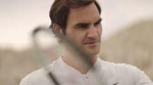 Federer convierte su raqueta en un instrumento musical
