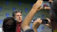 Pac-12 Media Days: Mike Leach weighs in on the 'is a hot dog a sandwich?' debate