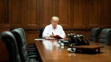 Trump communique depuis l'hôpital, questions sur les négligences de la Maison Blanche