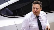Elon Musk Denies He Discussed Apple-Tesla Merger With Tim Cook