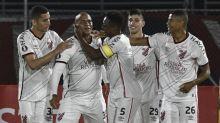 Herói do Athletico na volta da Libertadores, Walter superou desafios para reencontrar o gol