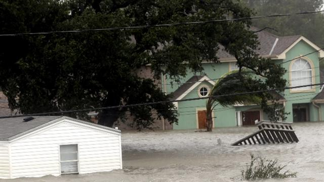 Isaac breaks rainfall records in New Orleans
