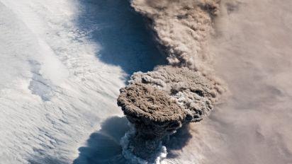 Los increíbles cielos púrpuras que ha dejado la erupción de un remoto volcán ruso