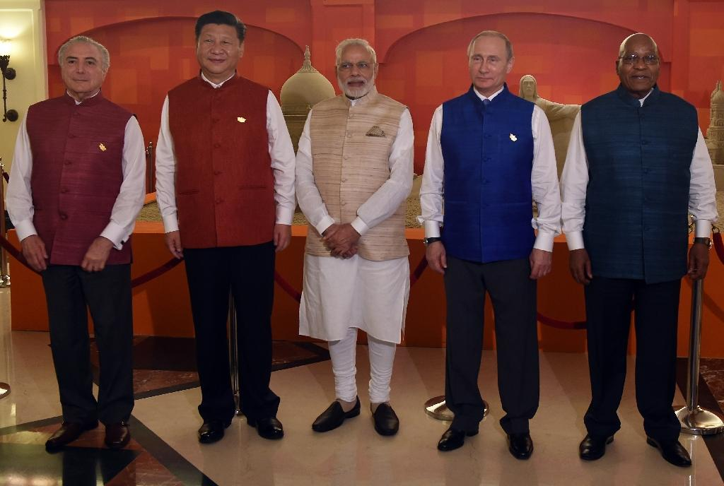 (From left) Brazilian President Michel Temer, Chinese President Xi Jingping, Indian PM Narendra Modi, Russian President Vladimir Putin and South African President Jacob Zuma in Goa on October 15, 2016 (AFP Photo/Prakash Singh)