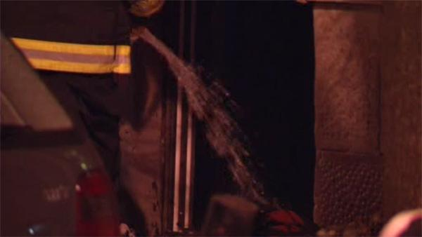 Fast-moving fire damages Center City apartment building