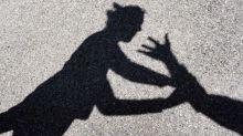 Un 17enne ha cercato di stuprare una 50enne