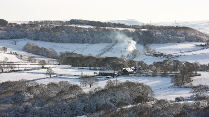Brits wake to blanket of snow as warnings issued
