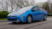 The 2019 Toyota Prius adds all-wheel drive without much sacrifice