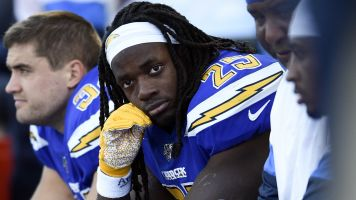 Gordon regrets holding out with Chargers