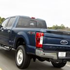 NHTSA investigates Ford Super Duty pickup tailgates open on the road