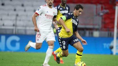Foot - Coupe - OL-Monaco - Compositions d'OL-Monaco: Paqueta et Cornet devant, Ben Yedder sur le banc