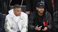 Antetokounmpo thrills Neymar & Mbappé as Bucks beat Hornets