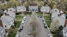U.S. Mortgage Rates Fall for Second Week, With 30-Year at 2.94%