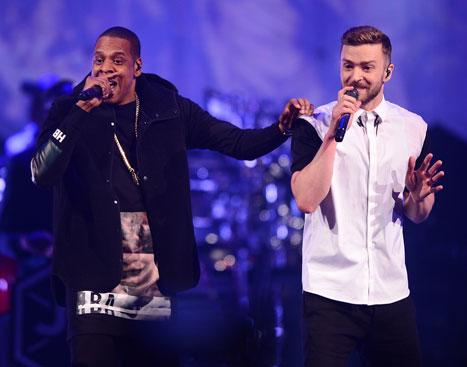 Taylor Swift, Beyonce Dance Together at Justin Timberlake