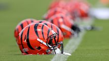 Bengals sign Shaq Calhoun to practice squad a day after waiving him